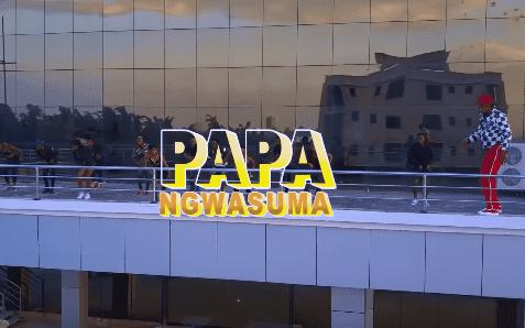Video Koffi Olomide - Papa Ngwasuma Mp4 Download